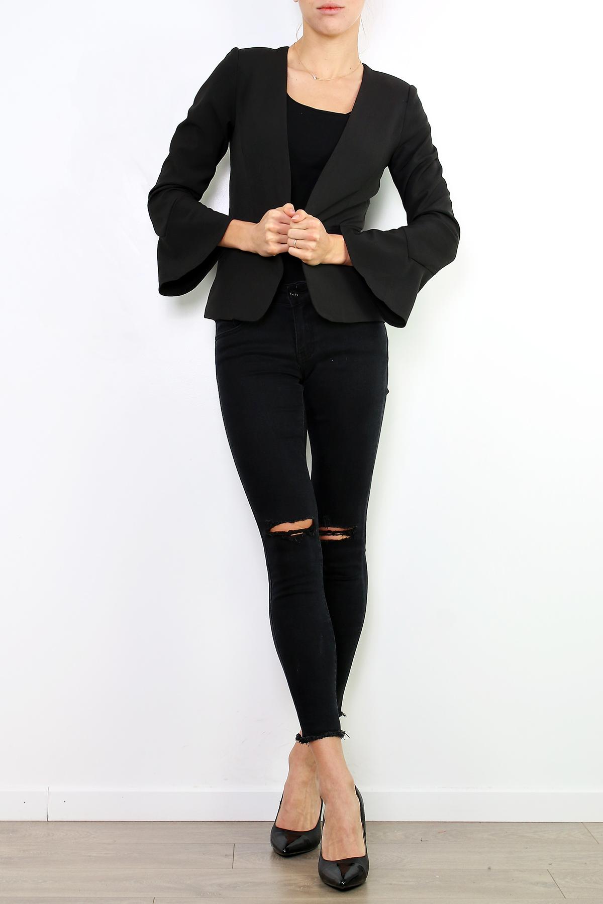 Musta jakku 00018 etu