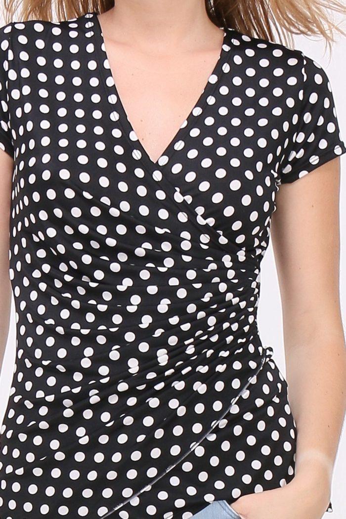 Mustavalkoinen t-paita 00014 lähi