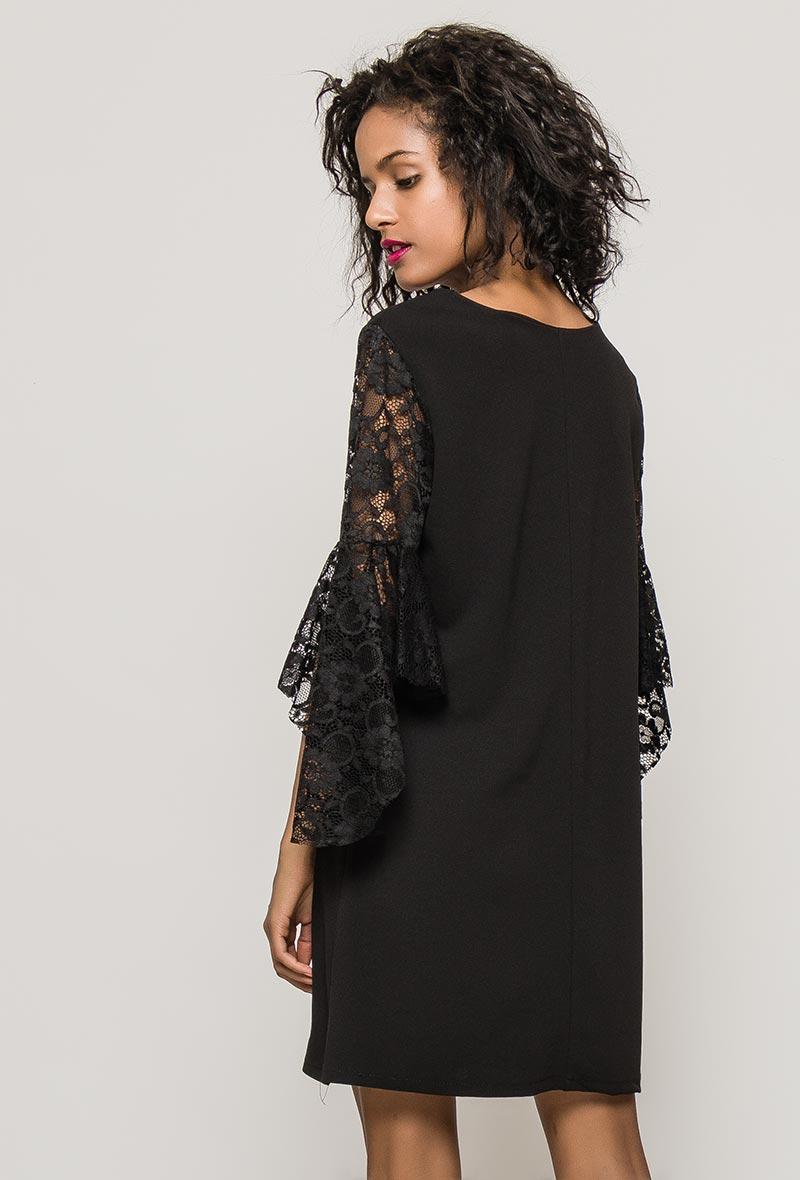 Musta mekko 00076 taka2