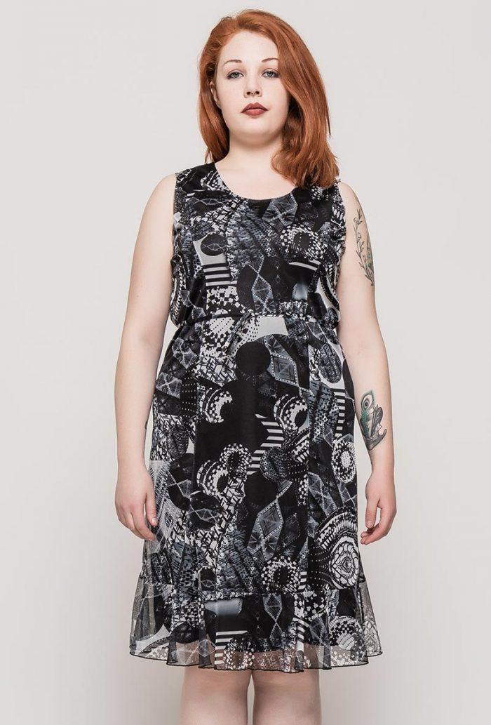 Mustavalkoinen kuviollinen mekko 00074 etu