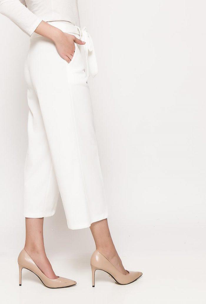 Valkoiset culotte-housut 00069 sivu