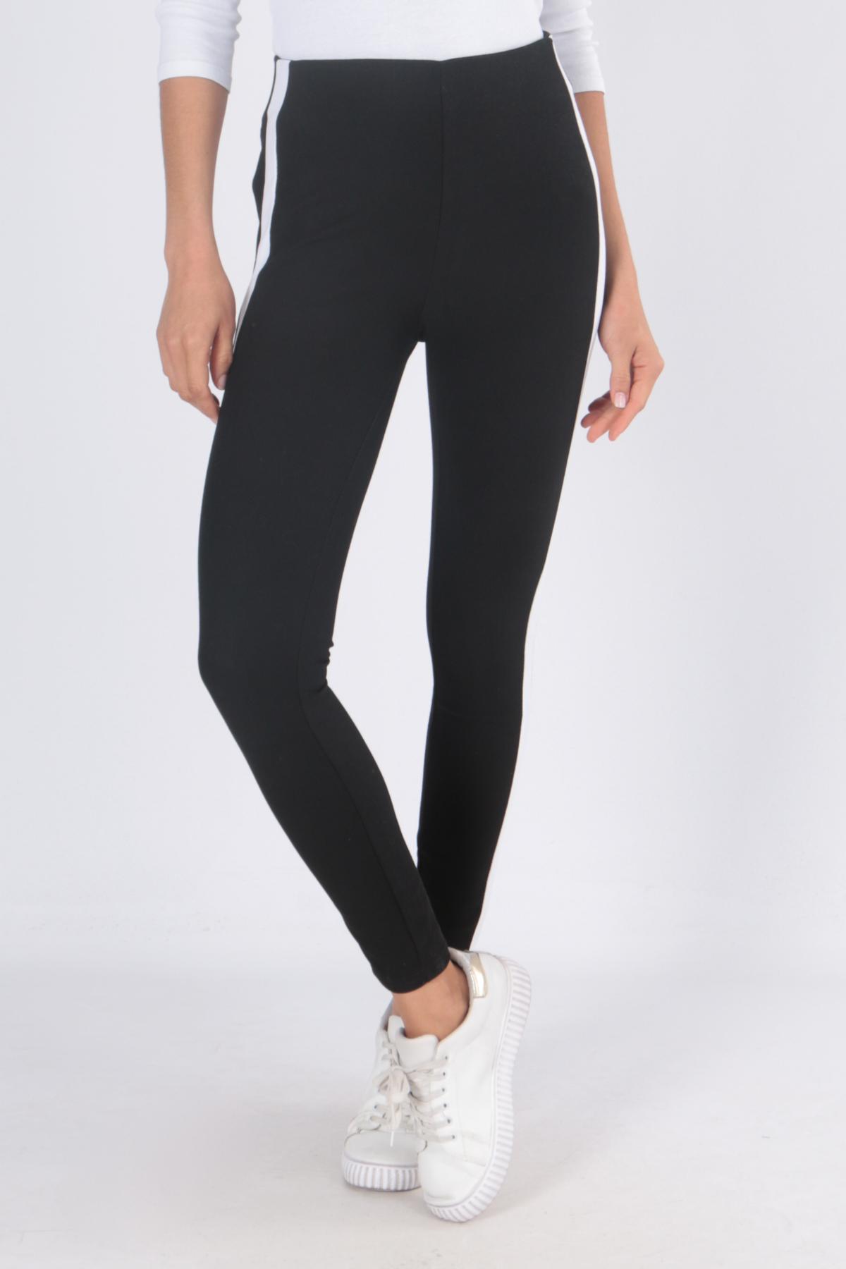 00125 Mustat housut valkoisella sivuraidalla etu3