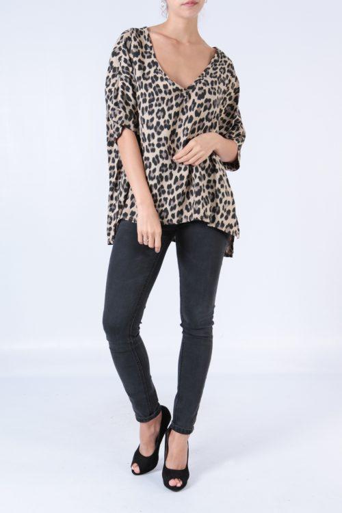 00128 Leopardikuvioinen pusero beige etu