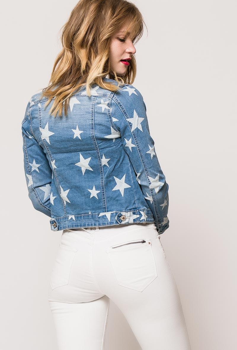 Tähtikuviollinen farkkutakki
