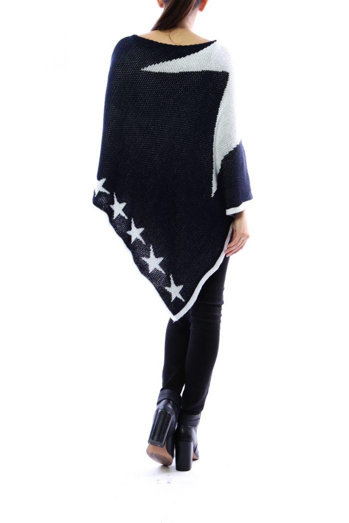 Iso tummansininen-valkoinen tähtiponcho