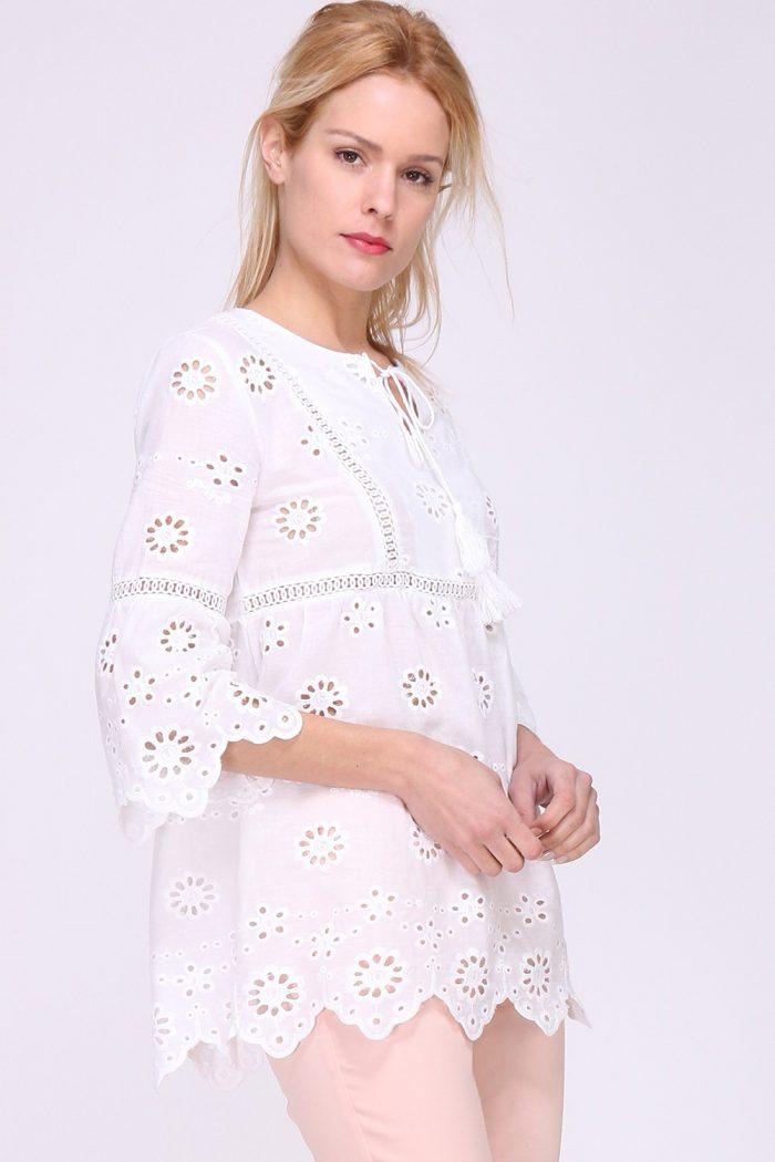 Valkoinen pusero