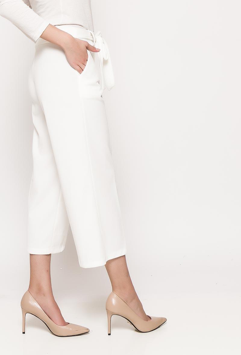 Valkoiset culotte-housut